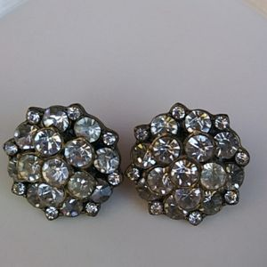 J.CREW * ROUND CLUSTER CRYSTAL STATEMENT EARRINGS